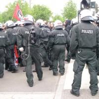 Берлинцы «отметили» 1 мая драками с полицией