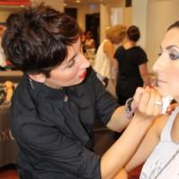 Как подготавливают знаменитостей к Fashion Week в Берлине
