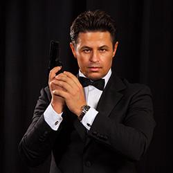 Русский агент 007 готов бросить вызов Джеймсу Бонду