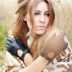 Линда Теодосиу Новая волна 2013 Интервью